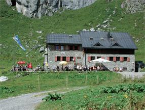 Ravensburger Huette Roggalspitze