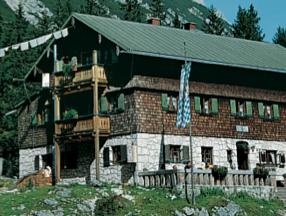 Reintalangerhuette Wettersteingebirge